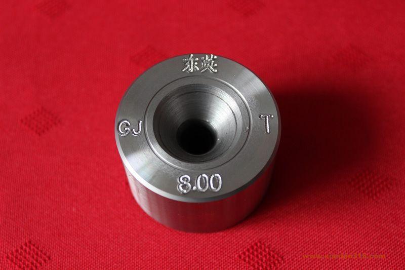 聚晶金刚石拉铜丝(铜棒/铜管)模具产品图片展示